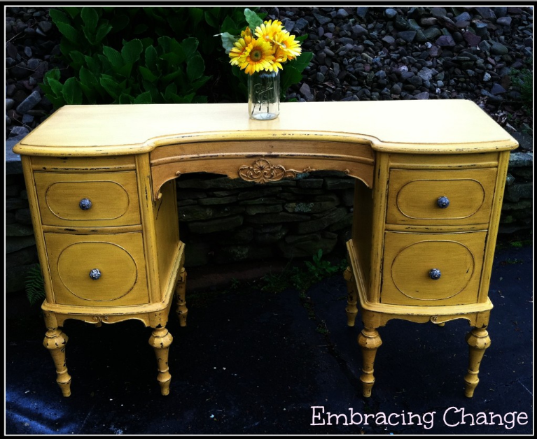 marigold-antique-vanity-makeover