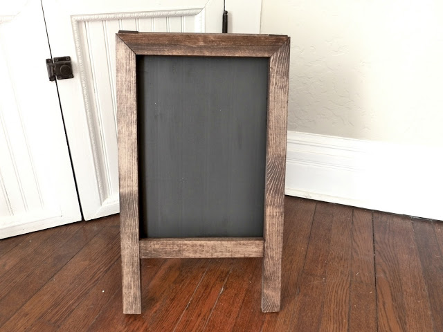 diy-chalkboard-easel