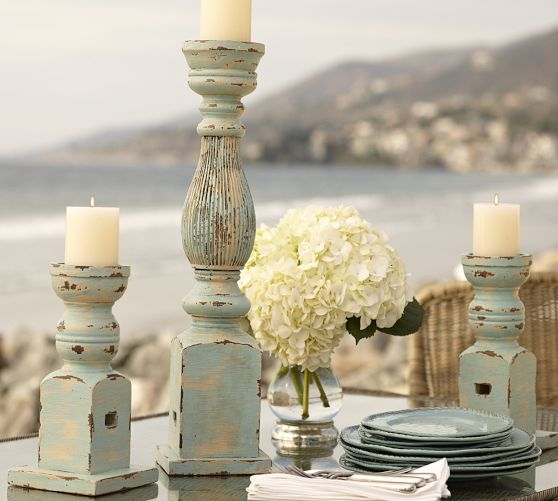 Diy distressed pillar candle holders for Diy wooden pillar candle holders