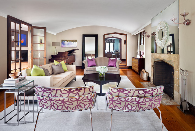 radiant-orchid-living-room-accents