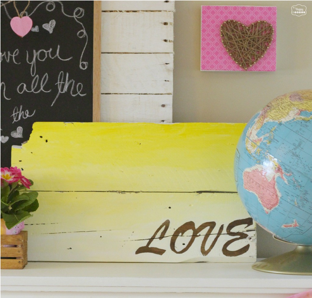 20 Valentine Craft Ideas that you can do last minute! | DIY Ombre Pallet {Love} Sign | The Happy Housie