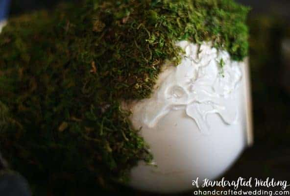 Check out this amazing Moss Covered Vase. Incorporate moss into an outdoor, rustic, romantic or woodland inspired wedding. MountainModernLife.com