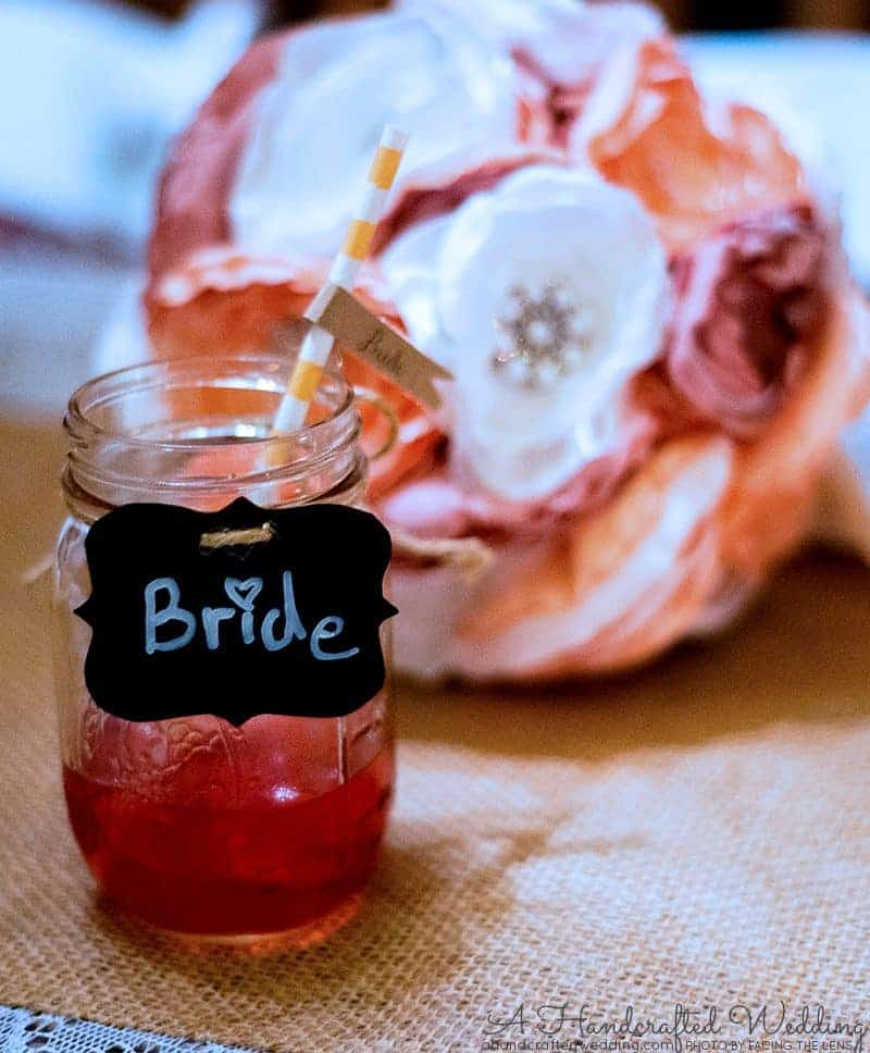 Looking to decorate the beverage containers for your wedding? Check out these amazing DIY Drink Tags + FREE Printable | MountainModernLife.com