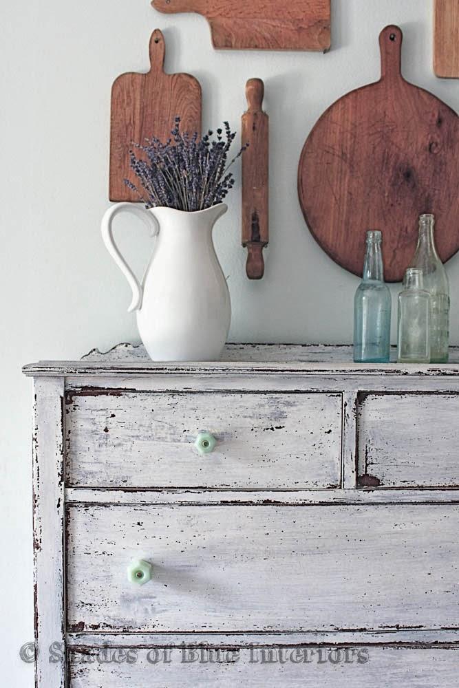 Chippy-Dresser-Makeover-Shades-of-Blue-Interiors