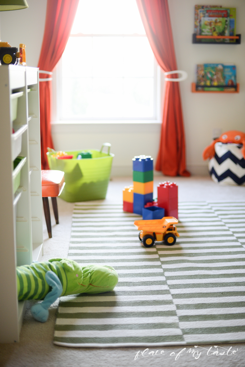 DIY-painted-rug-place-of-my-taste