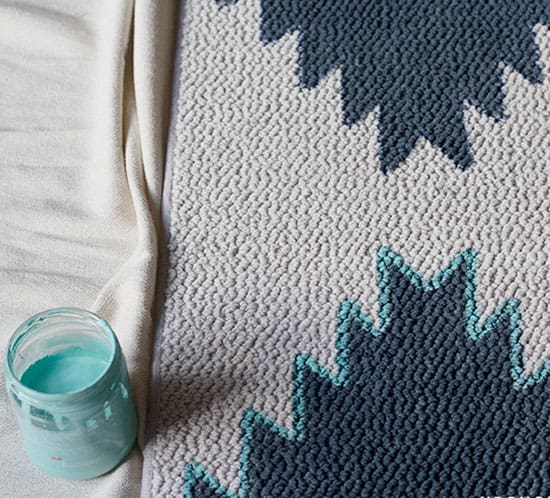 how to create a DIY navajo inspired rug mountainmodernlife.com