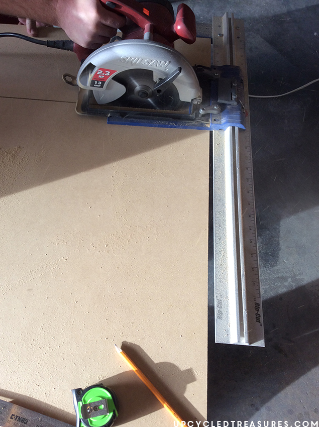 cutting-mdf-with-kreg-jig-rip-cut-to-replace-damaged-top-of-furniture-upcycledtreasures