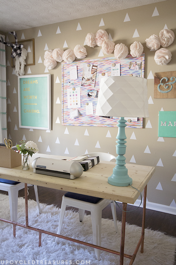 diyers-craft-room-and-creative-workspace-upcycledtreasures copy