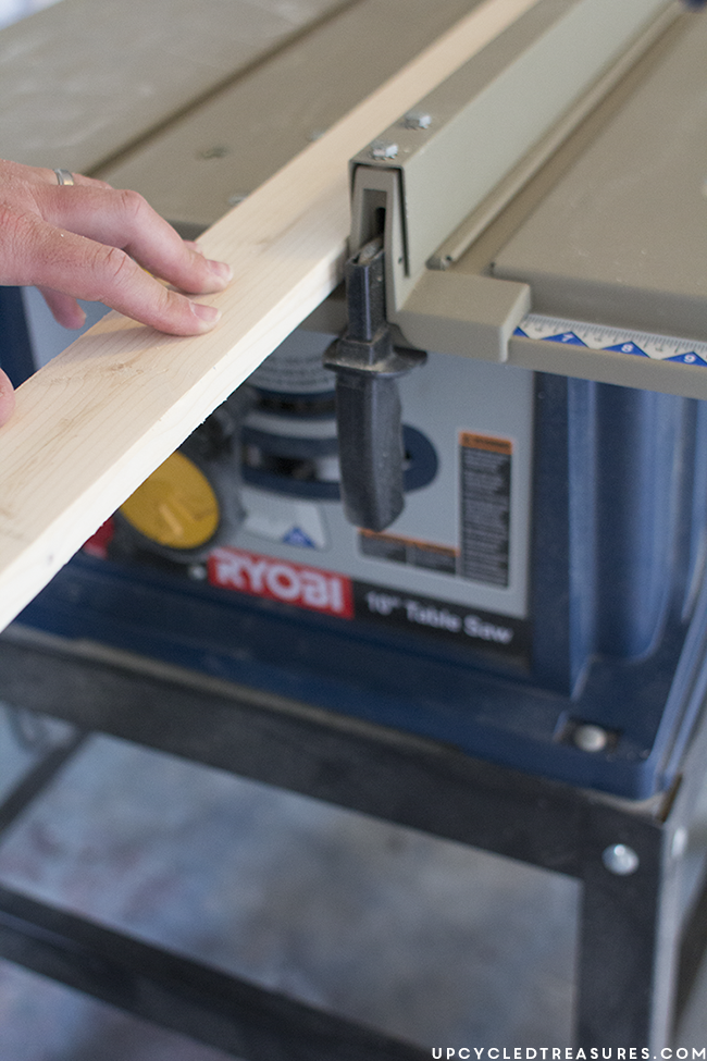 ryobi-table-saw-to-create-frame-upcycledtreasures