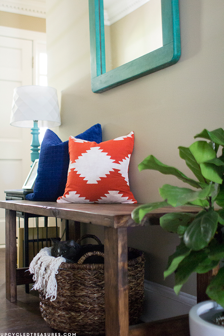 Are you looking to update a few pillows? See how easy it is to make your own stencil to create this Kilim Inspired Painted Pillow! MountainModernLife.com