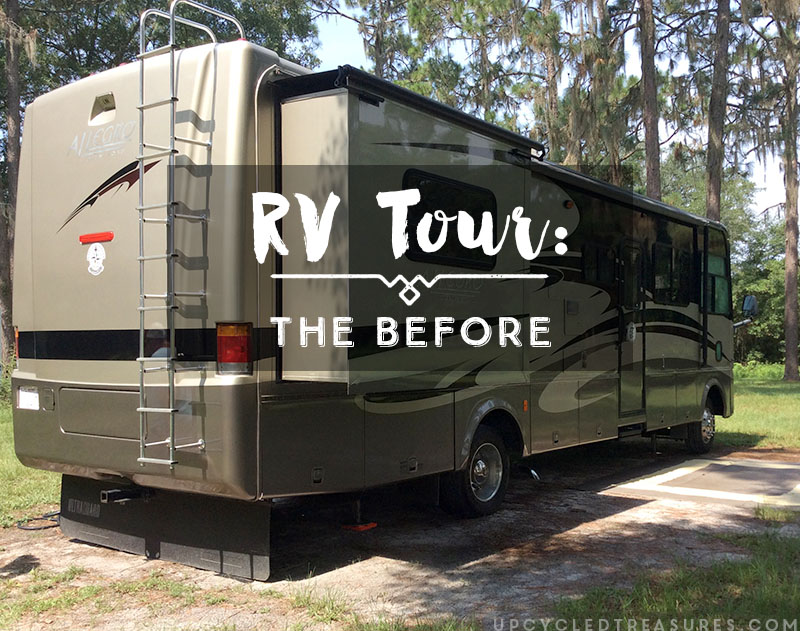 Motorhome tour before makeover Tiffin Openroad. | MountainModernLife.com