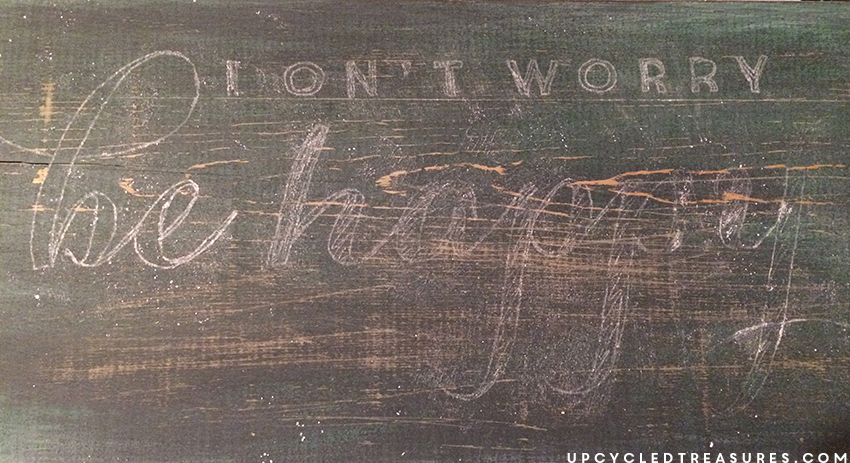 chalk-text-transfer-onto-wood-upcycledtreasures