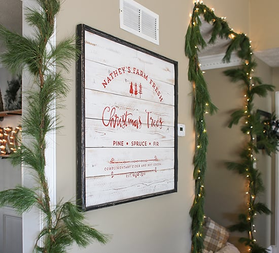 custom-family-established-farm-fresh-christmas-trees-sign-mountainmodernlife.com-550x498
