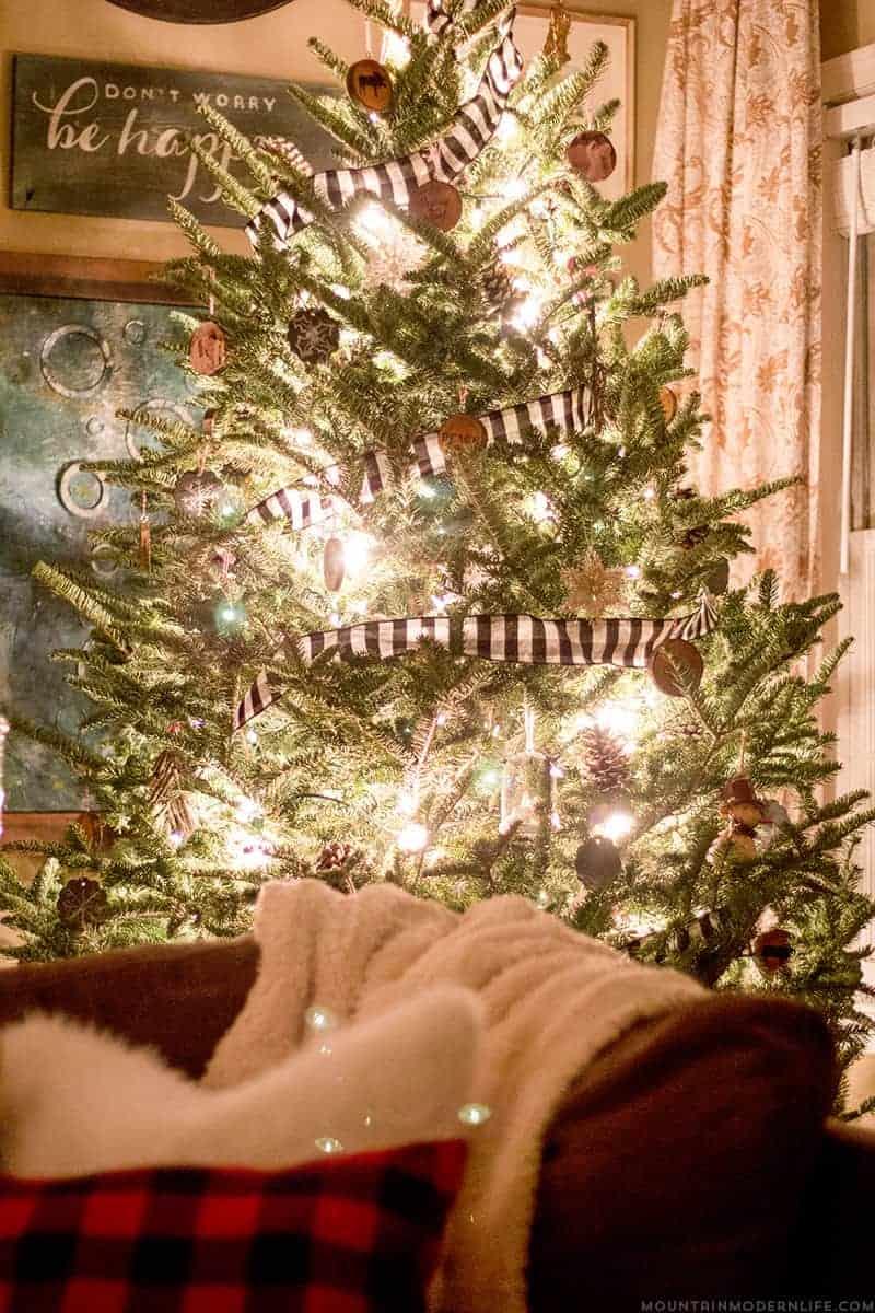 Rustic Christmas Tree with Buffalo Plaid Garland | MountainModernLife.com