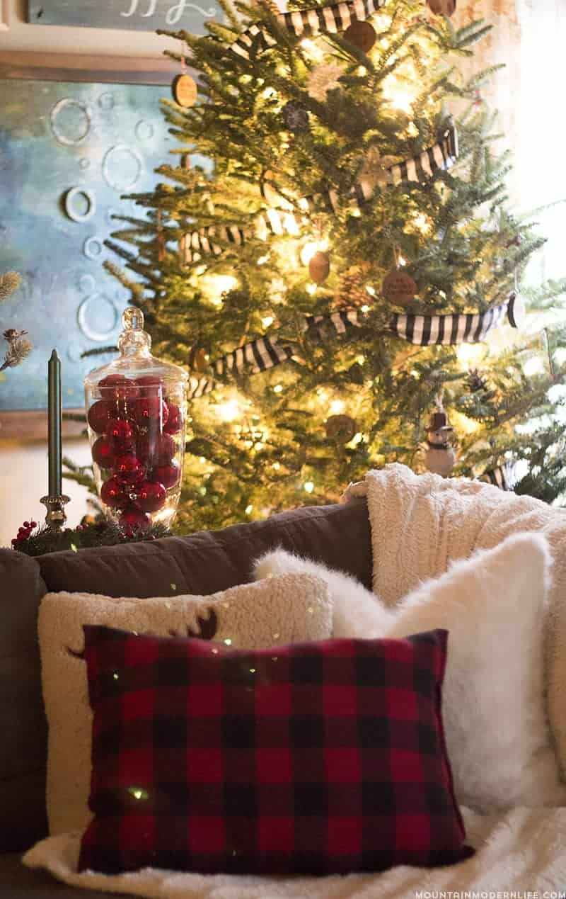 Rustic Christmas Tree with Buffalo Plaid Garland | MountainModernLife.com