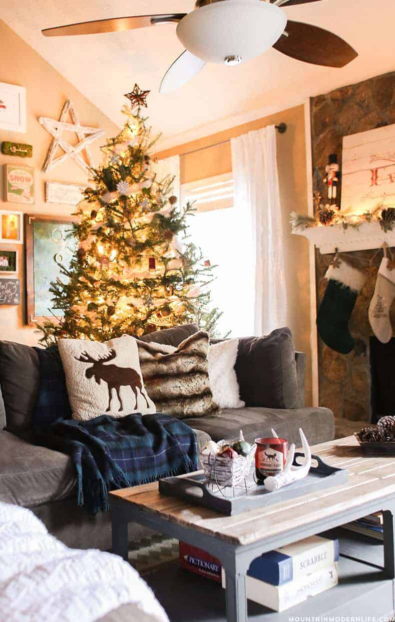 Christmas Home Decor.Cozy Christmas Home Decor Mountain Modern Life