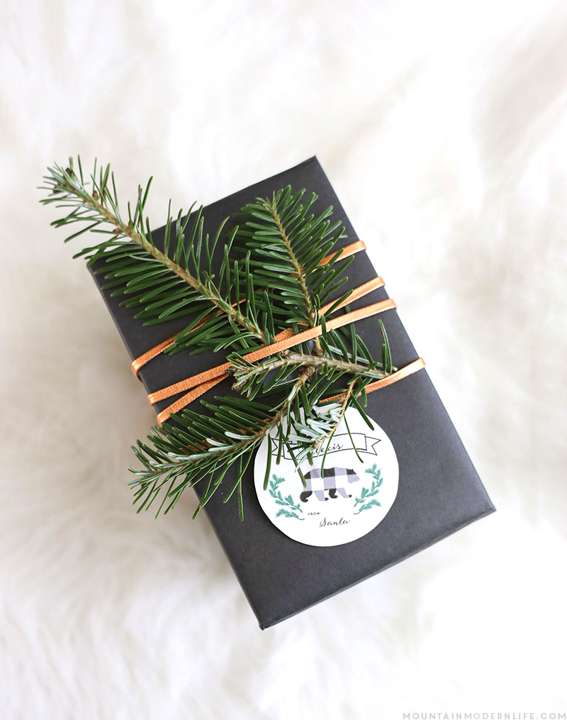 Rustic Christmas Gift Wrapping Ideas | Mountain Modern Life