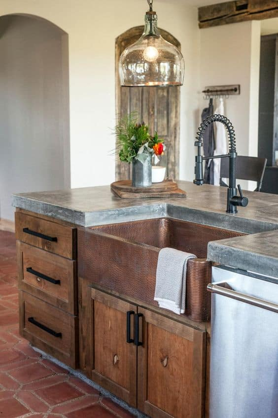Black Industrial Style Kitchen Faucet From Episode Of Fixer Upper + Other  Black Kitchen Faucet Designs