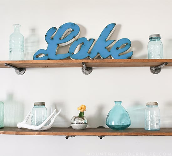 rustic-modern-floating-shelves-mountainmodernlife.com-550x498