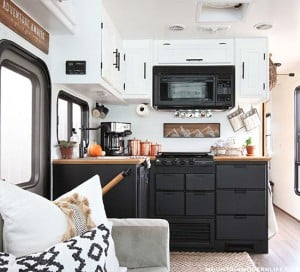 rustic-modern-kitchen-reno-tiffin-allegro-openroad-mountainmodernlife-com-550