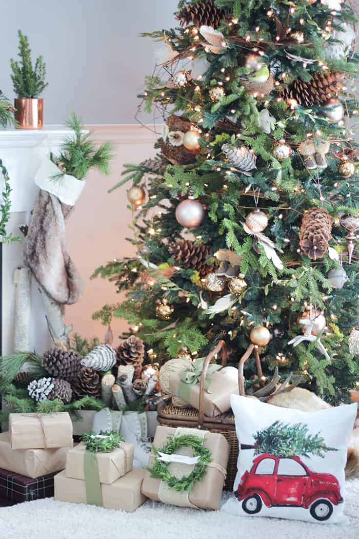 Rustic Neutral Christmas Tree | Craftberrybush