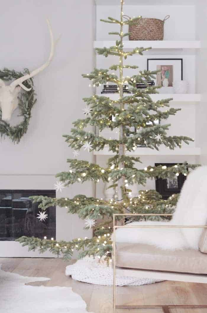 simple-white-christmas-tree-owens-and-davis