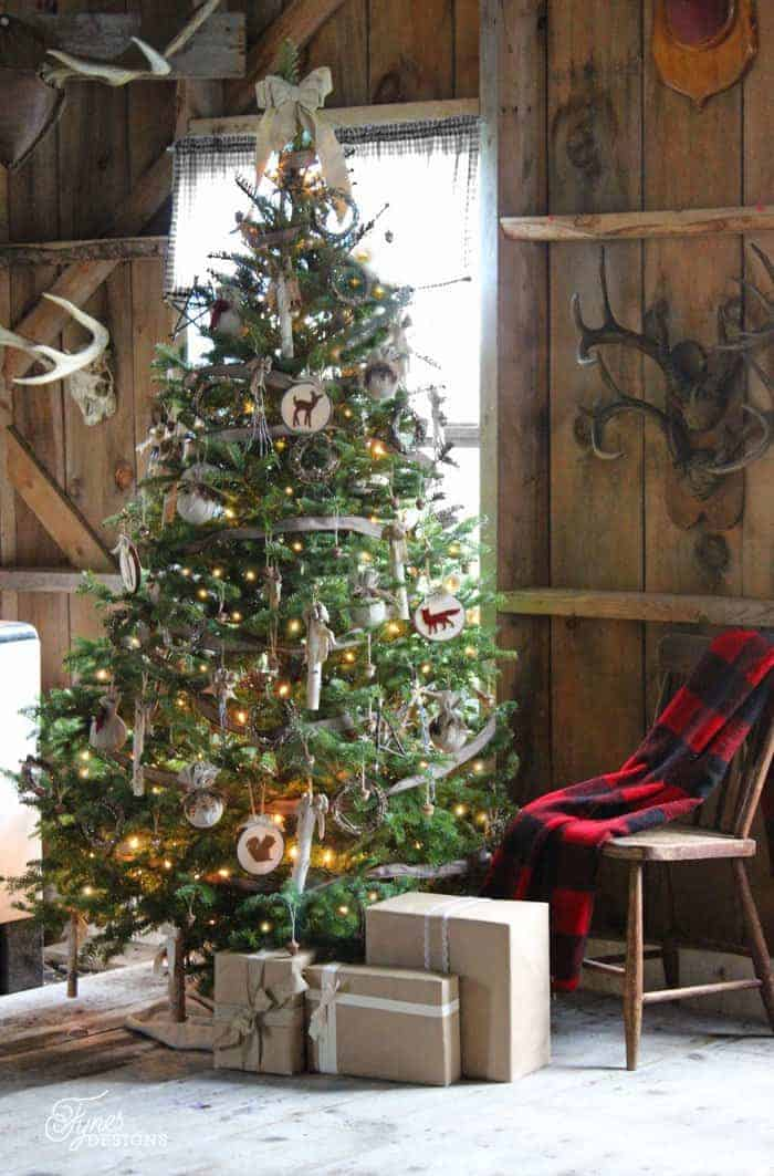 25 of the Most Inspiring Rustic Christmas Trees - Rustic Christmas Tree | Fynes Designs