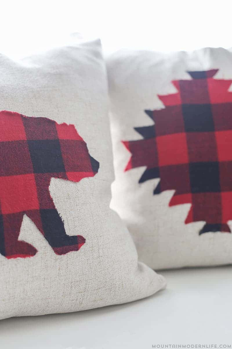 The Modern Pillow : How to Make No-Sew Rustic Winter Pillows MountainModernLife.com