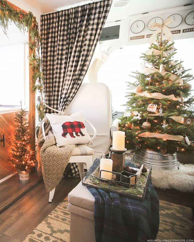 RV Christmas Home Tour - 10 Favorite Posts of 2016 | MountainModernLife.com
