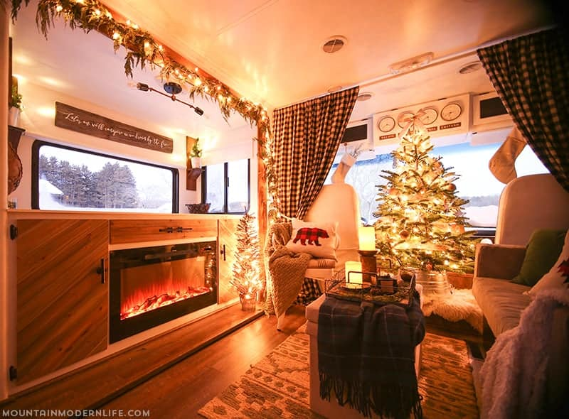 rustic-modern-rv-holiday-decor-mountainmodernlife-com