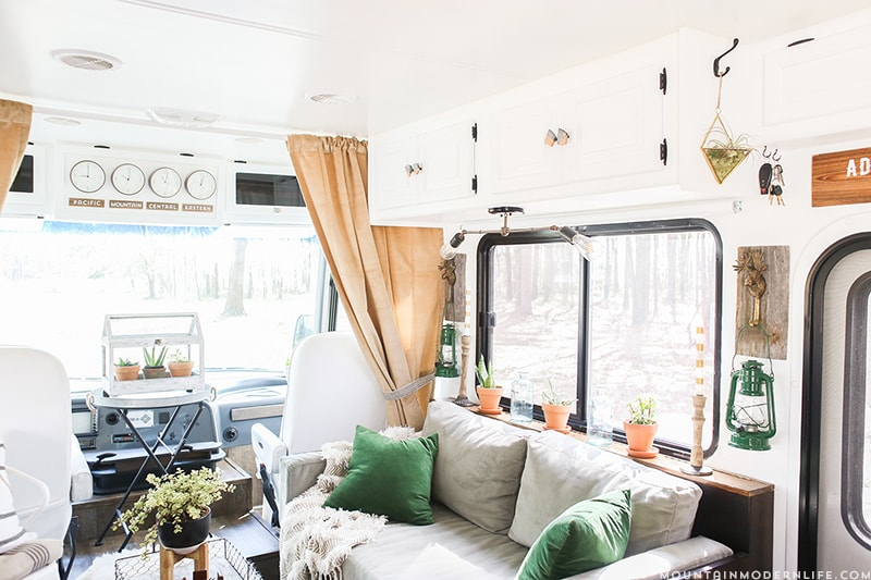 rustic-modern-rv-design-mountainmodernlife.com