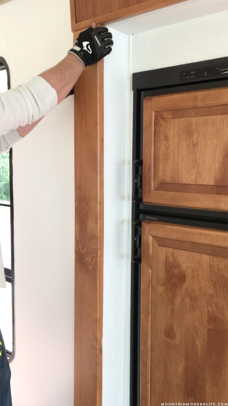 tips for updating rv slide out moulding. Black Bedroom Furniture Sets. Home Design Ideas