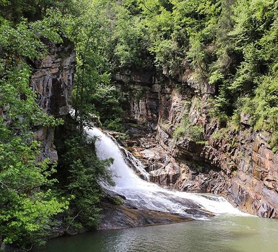 exploring-northern-georgia-tallulah-gorge-state-park-mountainmodernlife.com-550