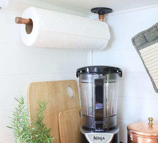 Rustic Modern DIY Paper Towel Holder using Copper Pipe Fittings   MountainModernLife.com