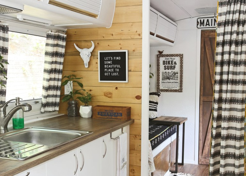 If white paint, various wood tones, and lots of texture is your thing, you'll love these rustic camper remodels! Photo Source: Mavis the Airstream