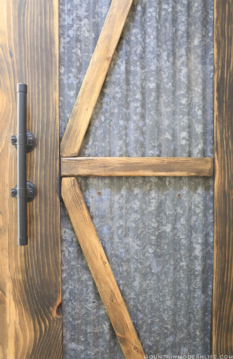 How to Make Rustic Modern Cabinet Pulls | MountainModernLife.c