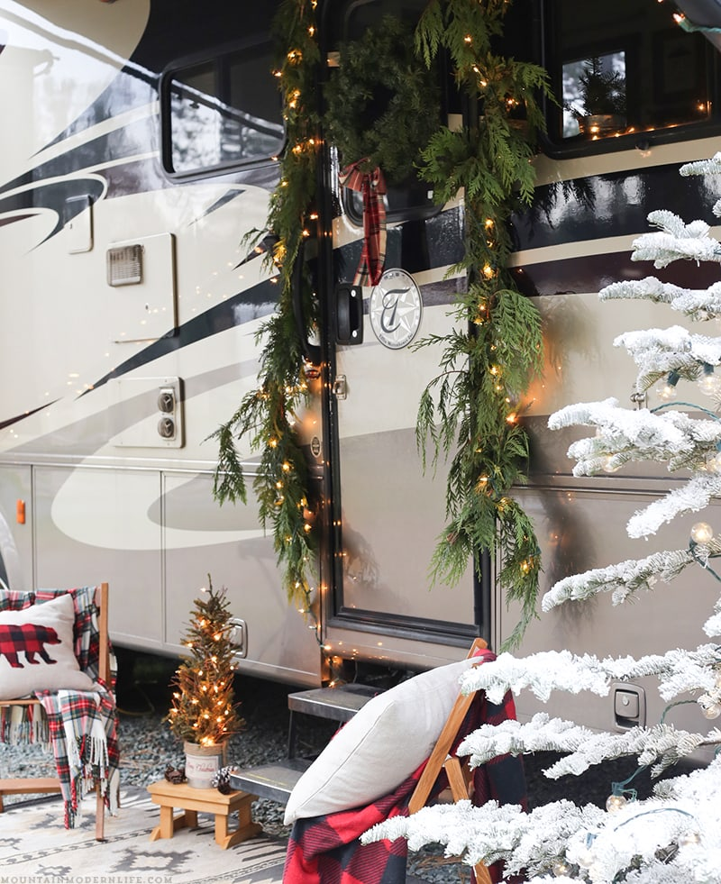 Cozy Cabin-Inspired Christmas in the Camper   MountainModernLife.com