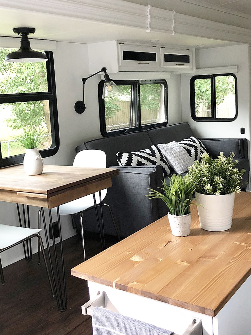 Tour this stunning camper wheel transformation featured on (Camper) Design Vibes! MountainModernLife.com | Photo Source: Mrs_Elliluu (Instagram)