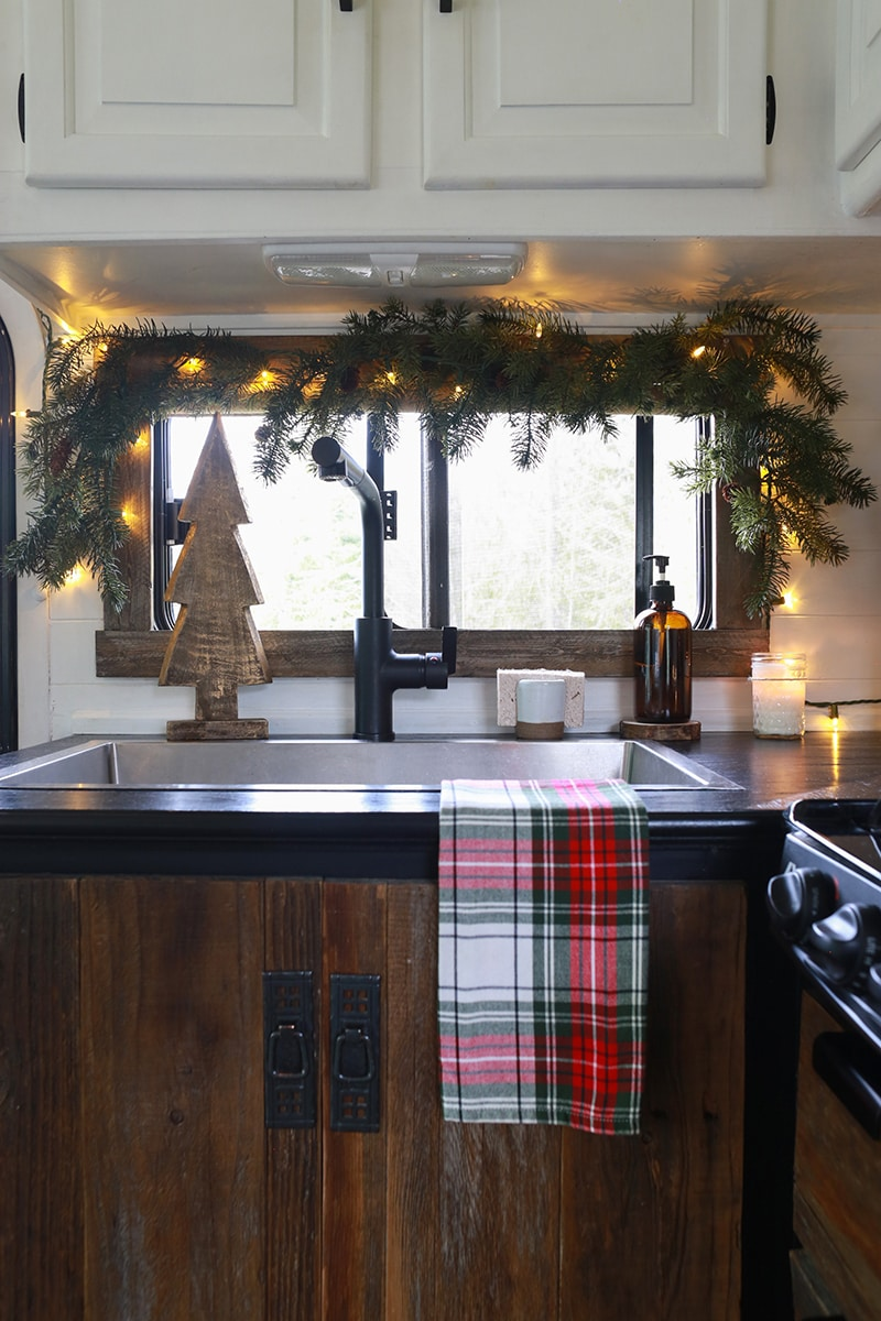 Cozy RV Christmas Tour | MountainModernLife.com #mycamperchristmas #RVtour