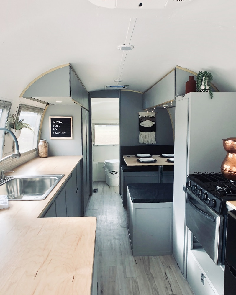 Camper Tour: Meet Magdalene the Airstream, a vintage trailer renovated by @SteadyStreaminCashios! | Featured on MountainModernLife.com