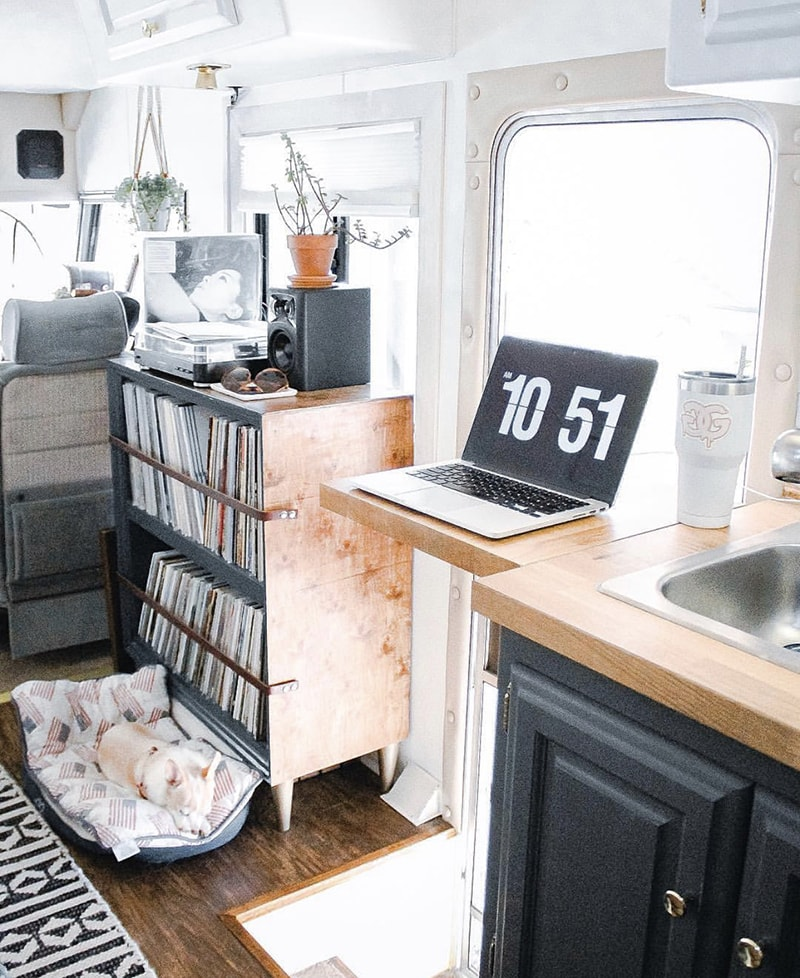 See how a couple transformed their 1989 motorhome into a