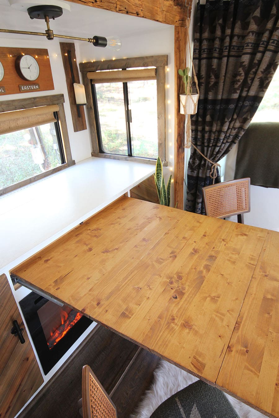 DIY expandable table inside RV
