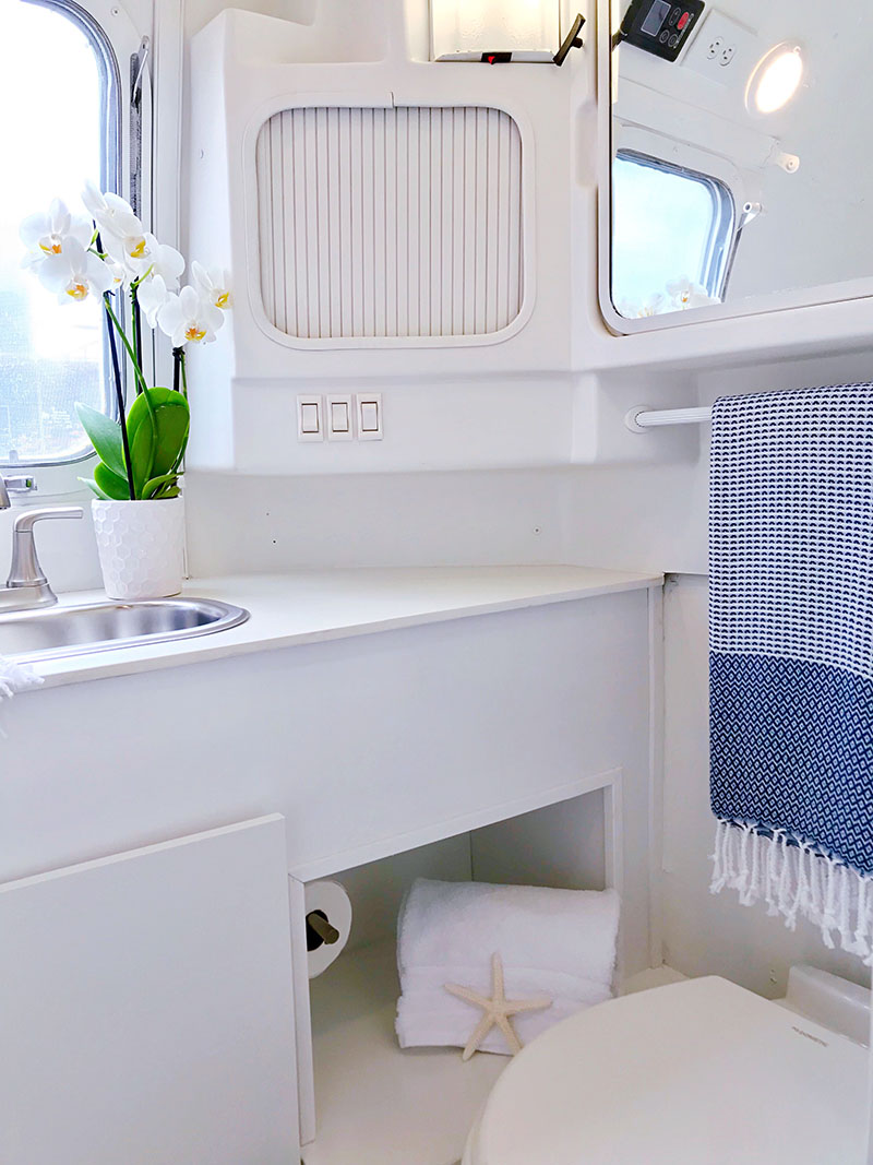 nautical airstream bathroom