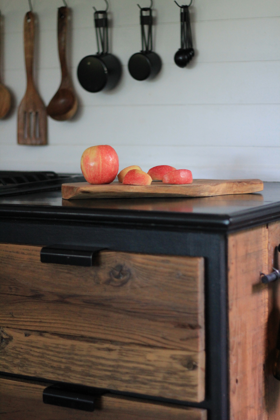 sliced apples on black RV counters